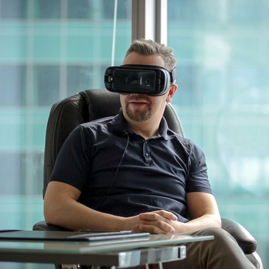 social vr man on chair